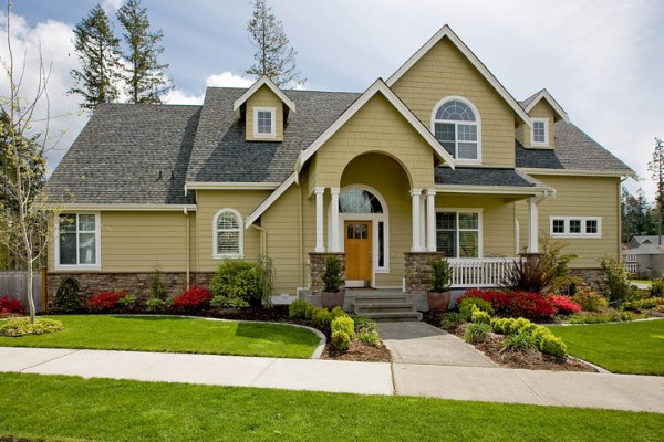 Spring Cleaning Time – Don't Neglect the Outside of Your Home!